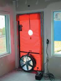 Blower door test picture